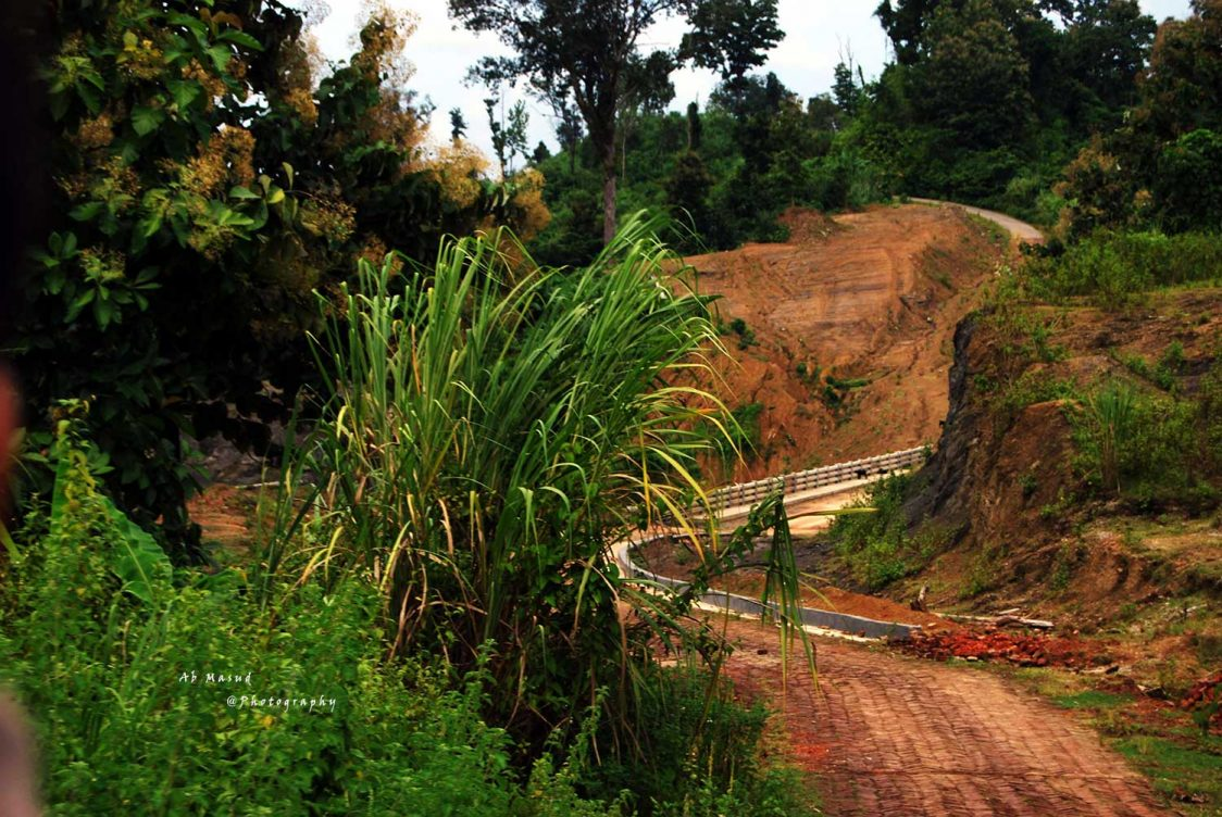 Road-to-Sajek,-Khagrachari